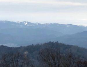 北山連峰の雪