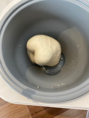餅つき器でパン捏ね